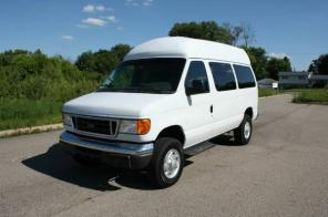2006 Ford E350 Handicap Accesible Wheelchair Van Extra Tall