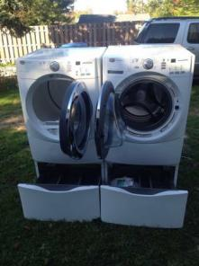 1 Year Old White Maytag Front Loading Super Capacity Washer Dryer Set