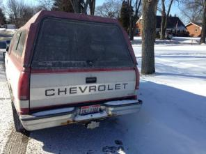 Truck chevy 1500 pickup with cap $1800 OBO